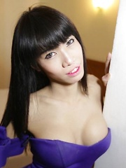 Skinny big-cock Ladyboy from Pattaya craves anal plugging